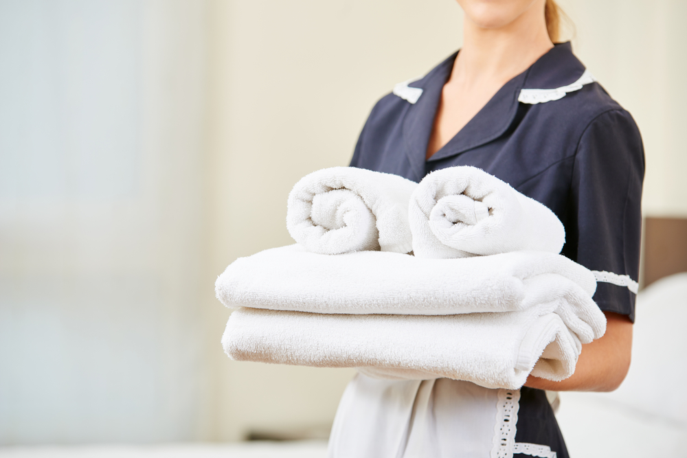 how to manage hotel and restaurant linens